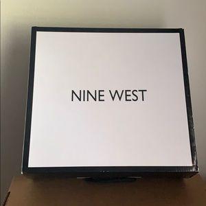 Nine West Shoes - Nine West WMNS boot. Brown. Size 9